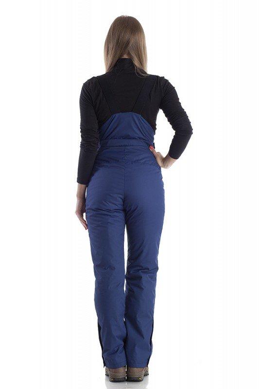 Женские зимние костюмы для активного отдыха